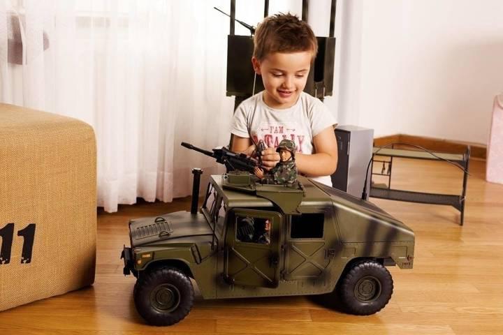 Pojazd Humvee® - 90618